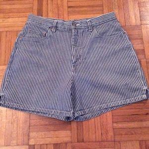 Halston Striped Shorts  Size 10